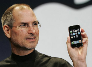 Steve Jobs e seu Iphone